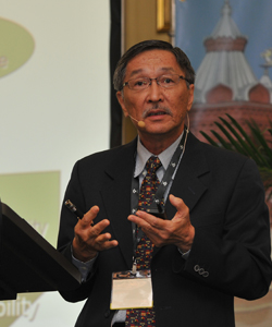 Dr BK Tan